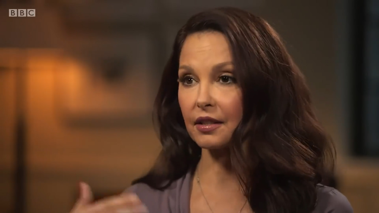 Ashley Judd says she was not frightened of Harvey Weinstein