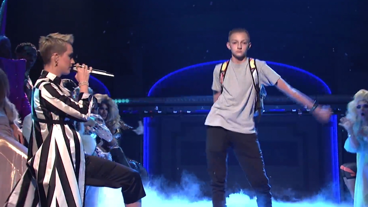 The Backpack Kid performs the floss dance on SNL