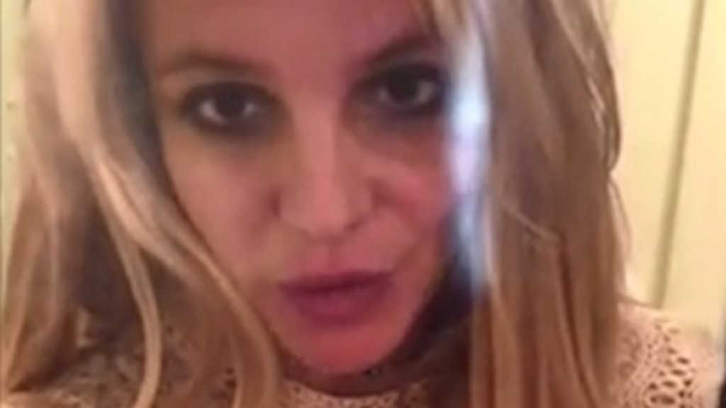 Britney Spears updates fans on health battle
