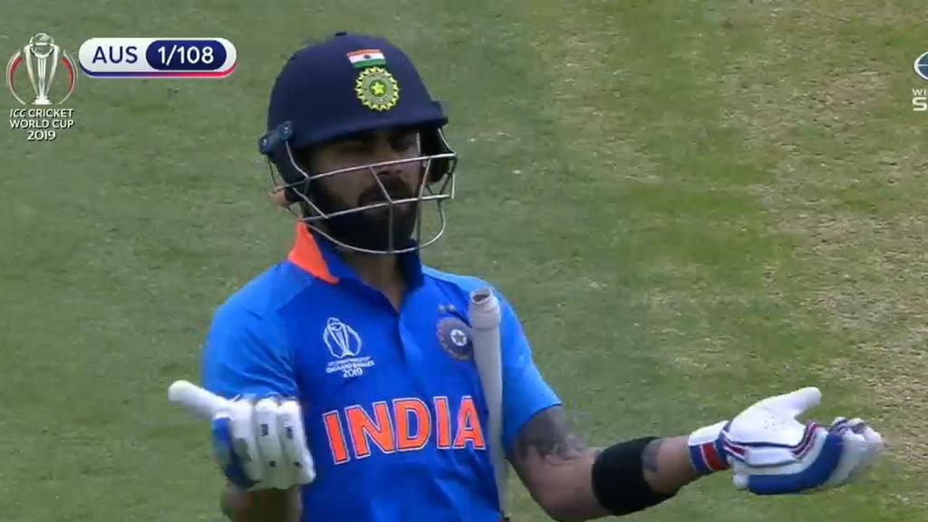 Kohli's classy sportsmanship for Smith