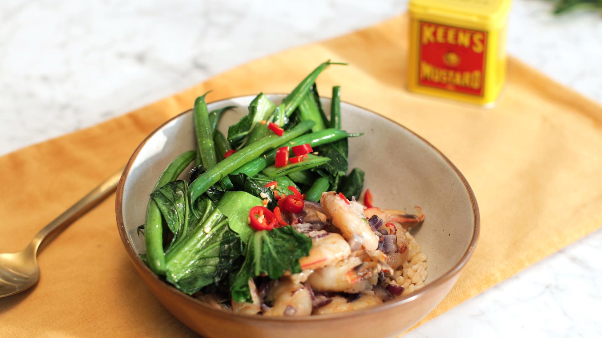 Stir-fried prawns in mustard-coconut sauce