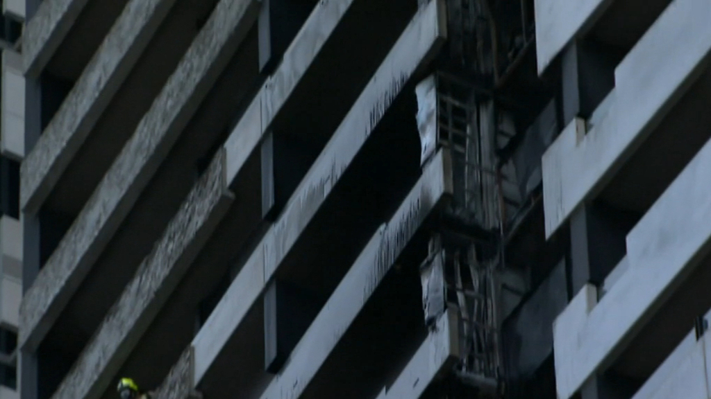 Victorian government announces fund to fix cladding crisis