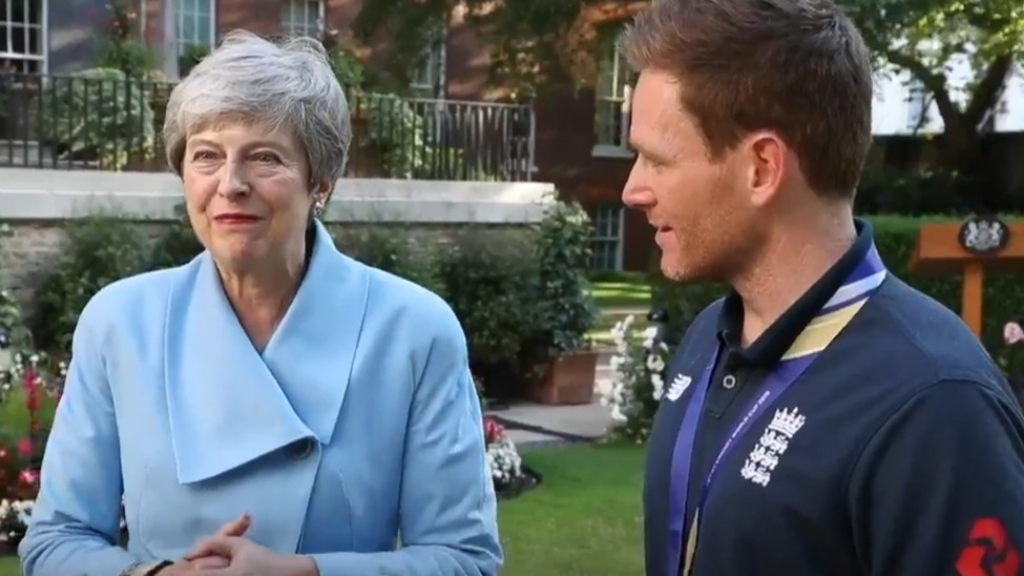 England cricket team visit British PM