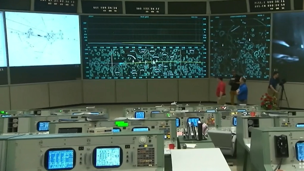 NASA's mission control room open to the public
