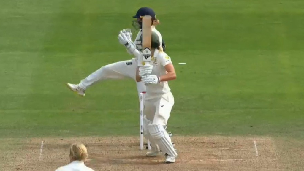 Aussie women retain the Ashes