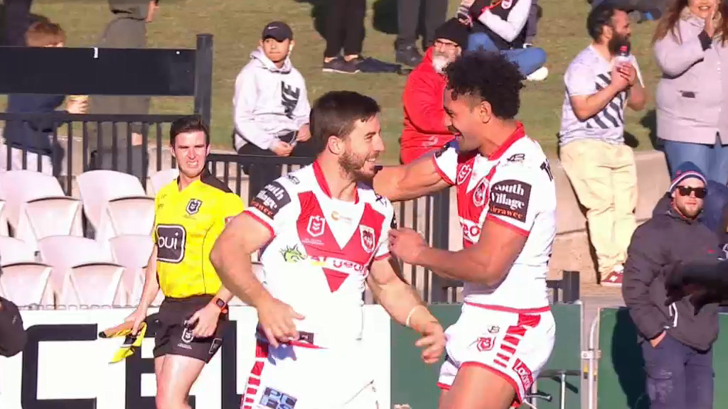 Hunt extends Dragons' lead