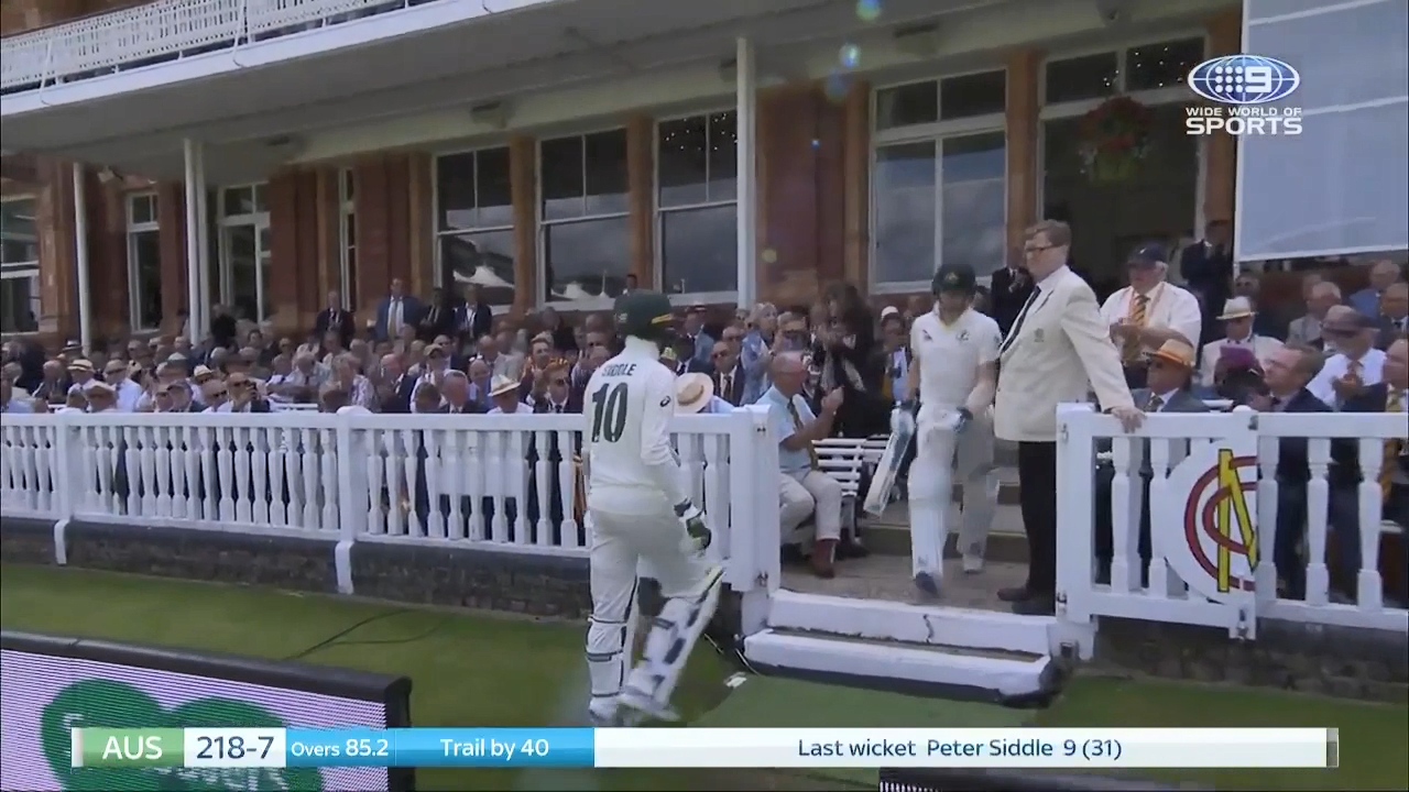 Ashes 2019: Steve Smith's courageous innings after brutal Archer display