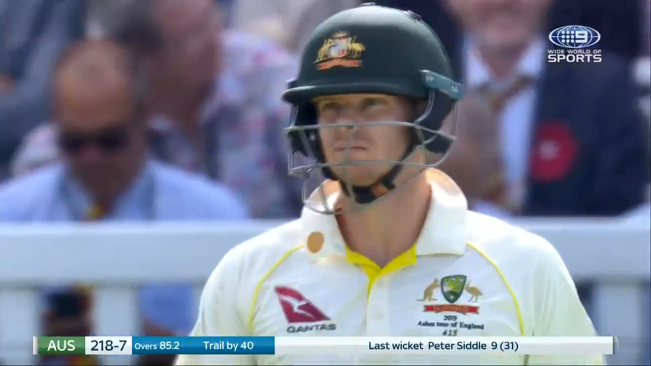 Ashes 2019: Steve Smith courageously returns to the wicket