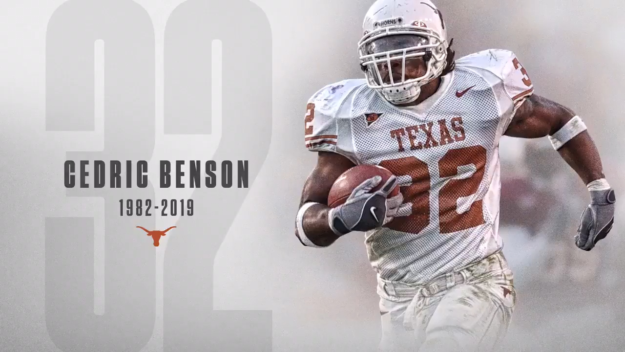 Longhorns give tribute to Texas 'legend' Cedric Benson