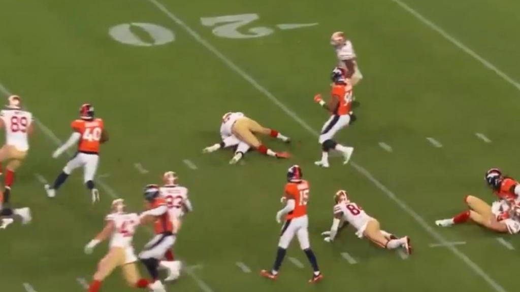Wishnowsky makes crunching tackle after kickoff