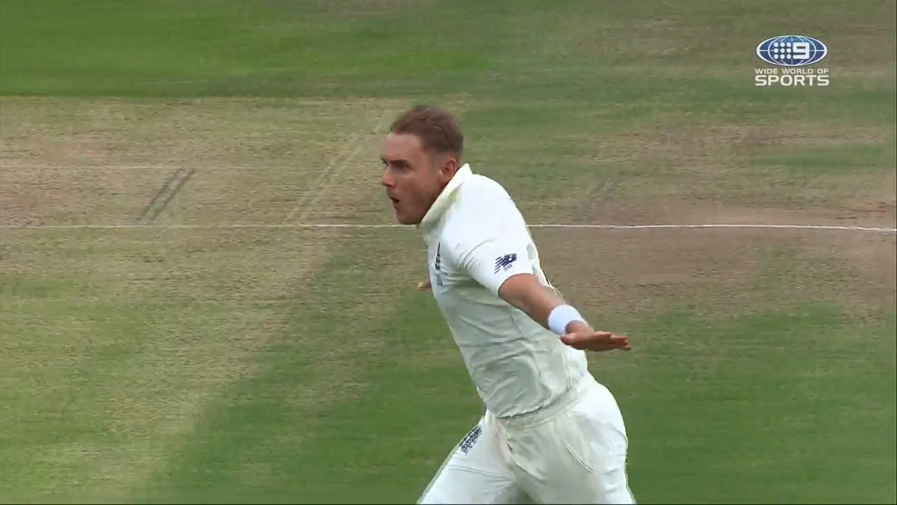 Ashes 2019: Head falls to Stuart Broad stunner