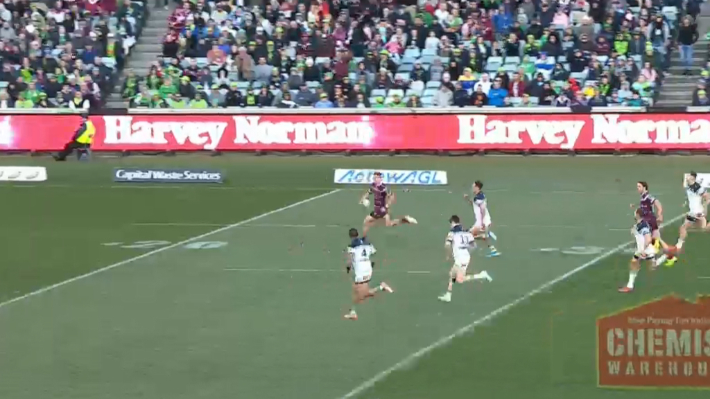 98m intercept turns into penalty try