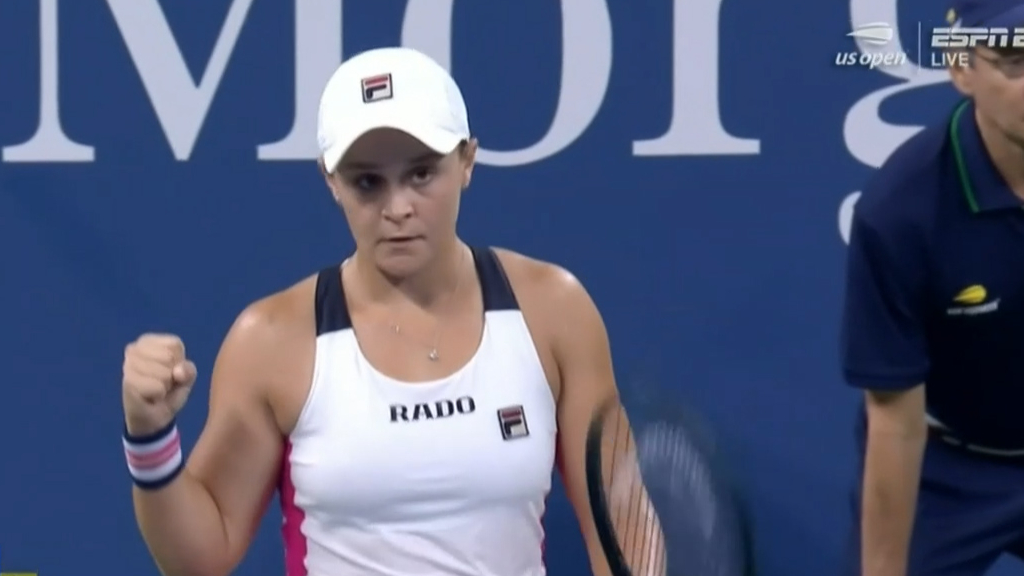 Gritty Barty through to US Open third round