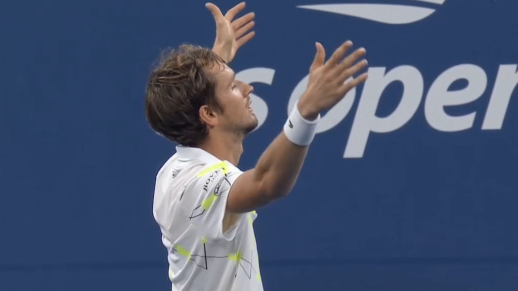 Medvedev taunts crowd after tense US Open win