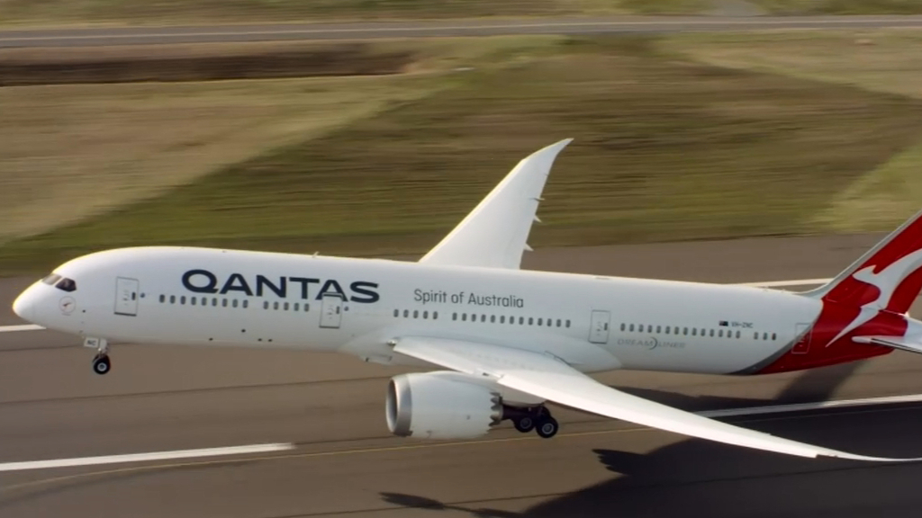 How to cash in your Qantas frequent flyer points before overhaul