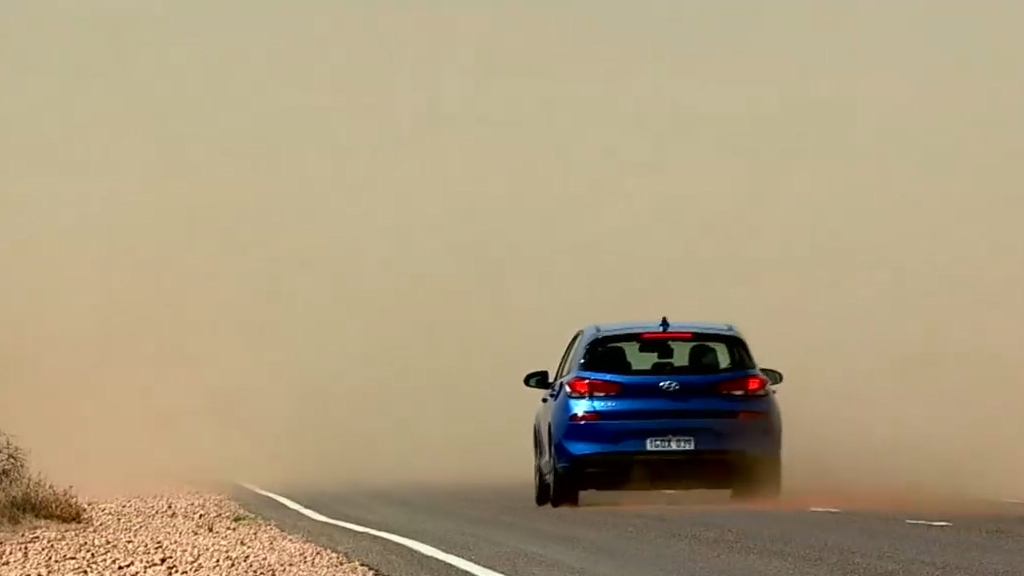 Dangerous dust storms in South Australia