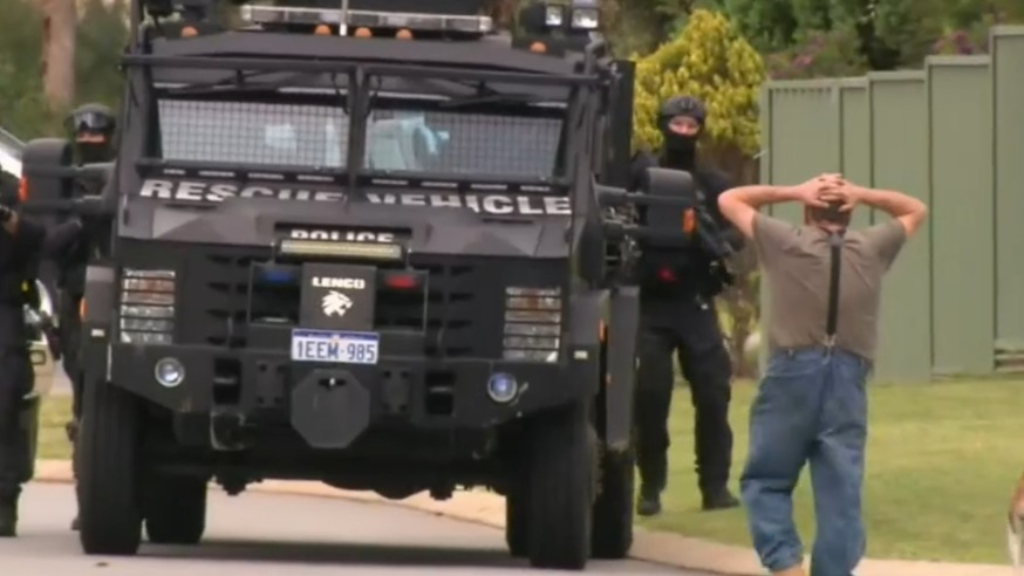 Police standoff ends in arrest