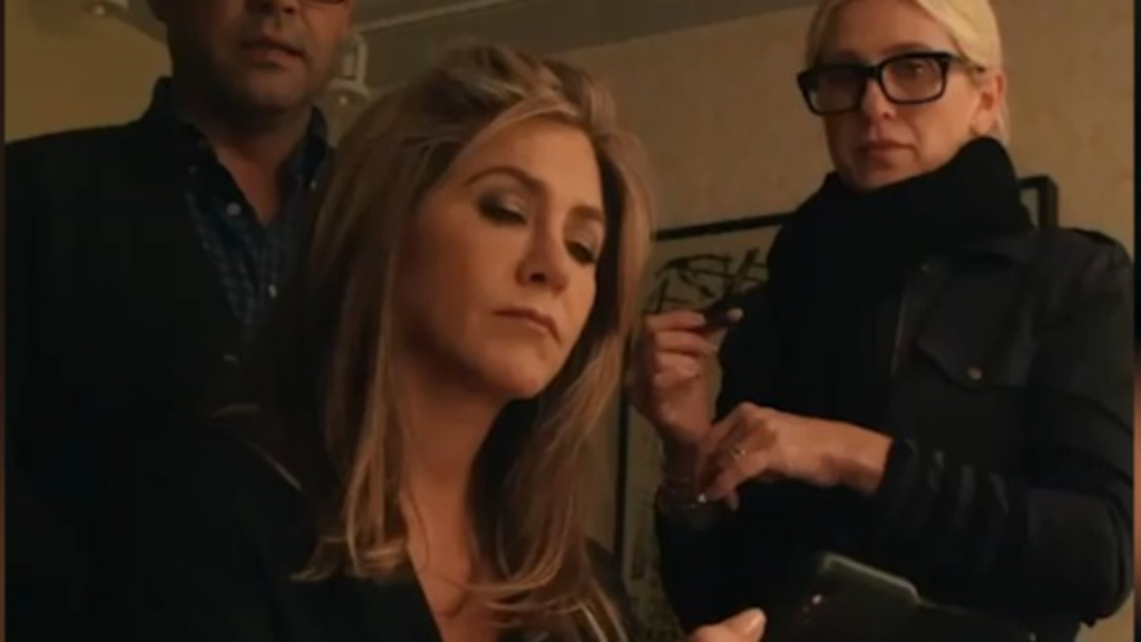 Jennifer Aniston responds to breaking the internet
