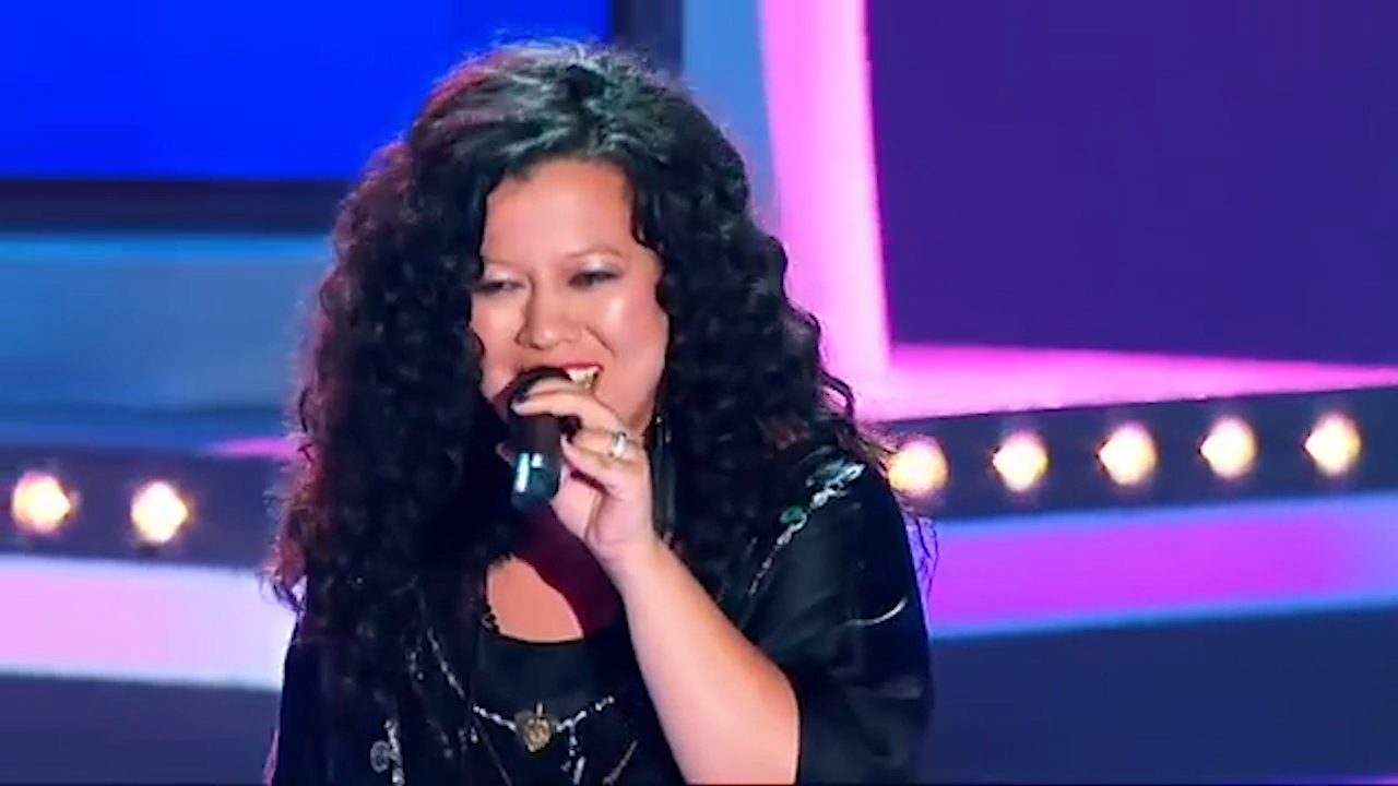 Mahalia Barnes appears on 'The Voice' in 2012