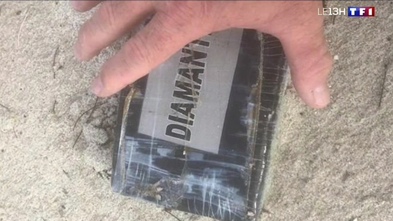 Police close beaches in France due to cocaine packages washing ashore