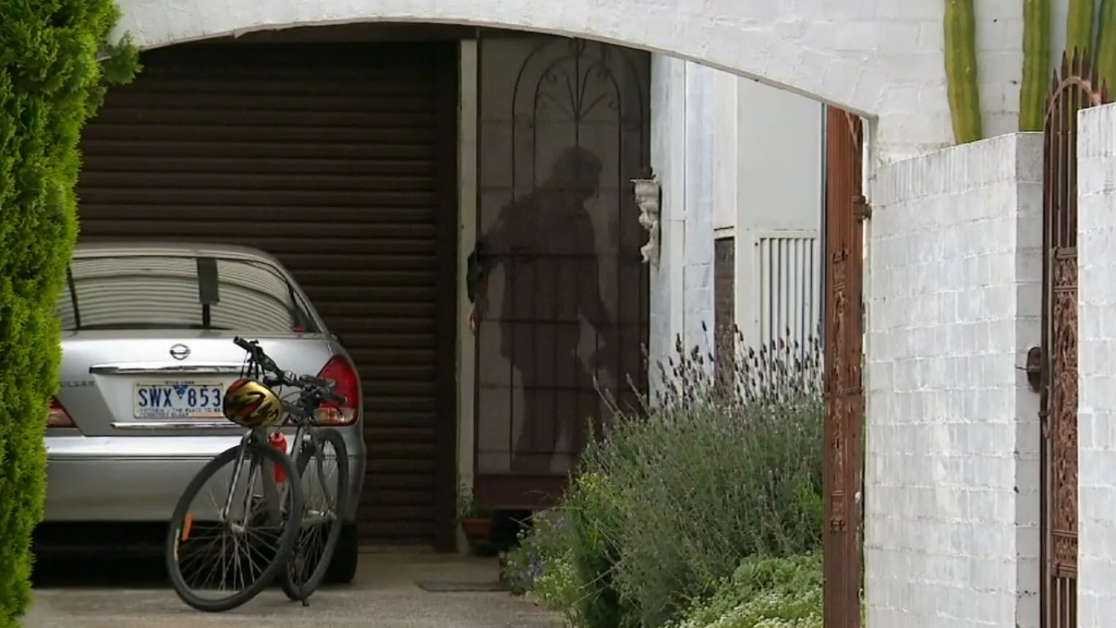 Man arrested over three-hour crime spree in Melbourne