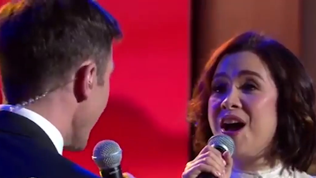 Broadway star Lea Salonga performs with David Campbell