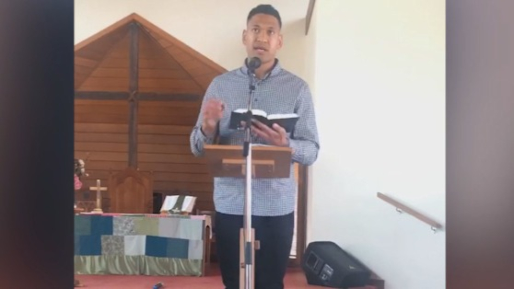 Israel Folau claims bushfires are God's punishment for same-sex marriage
