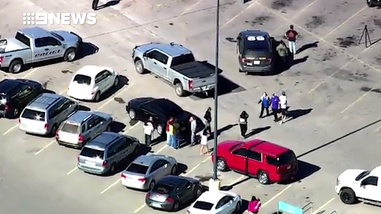 Two people shot dead outside Oklahoma store
