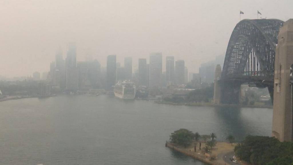 Smoke covers Sydney skyline