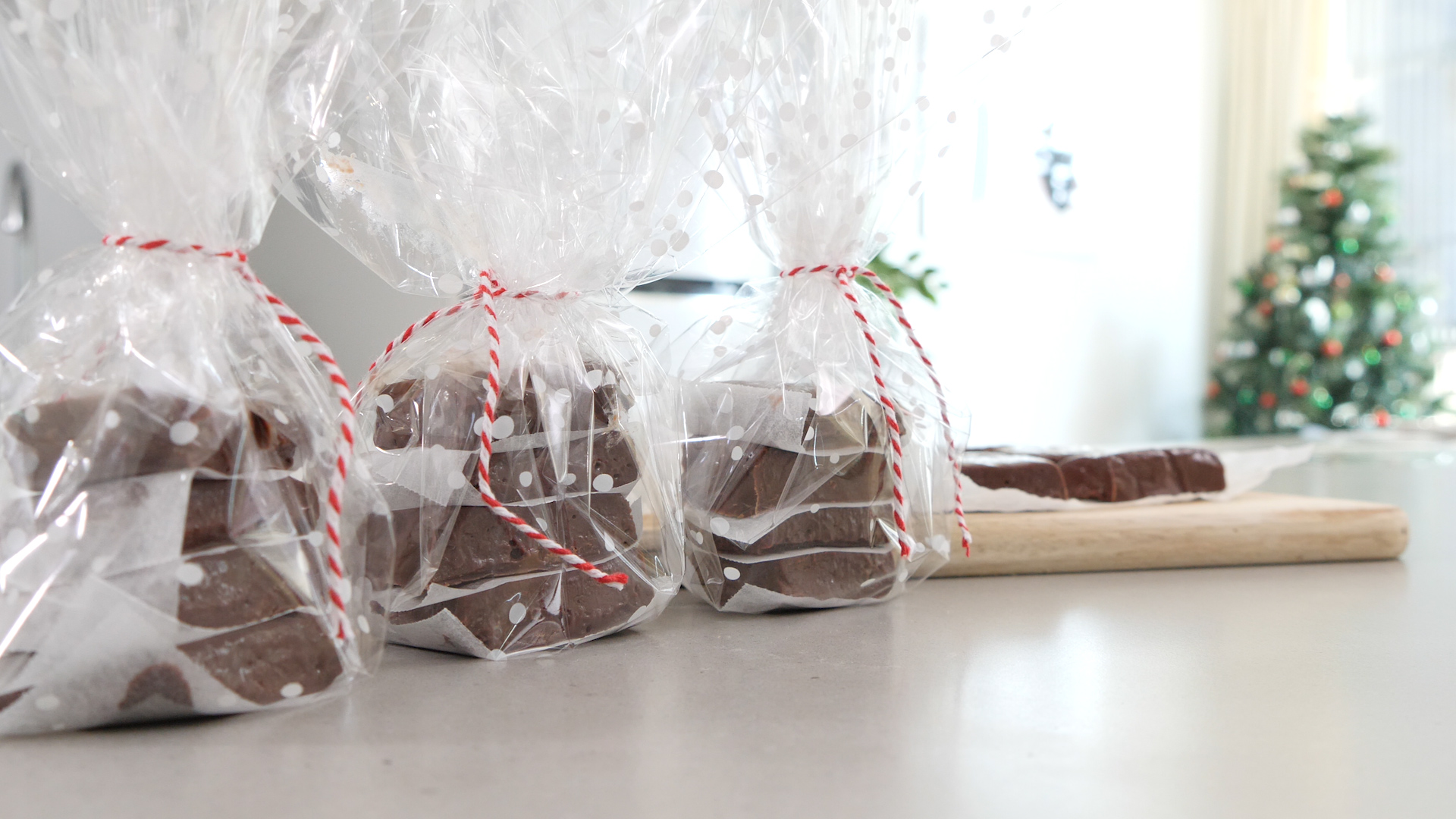 Three-ingredient Christmas fudge hack