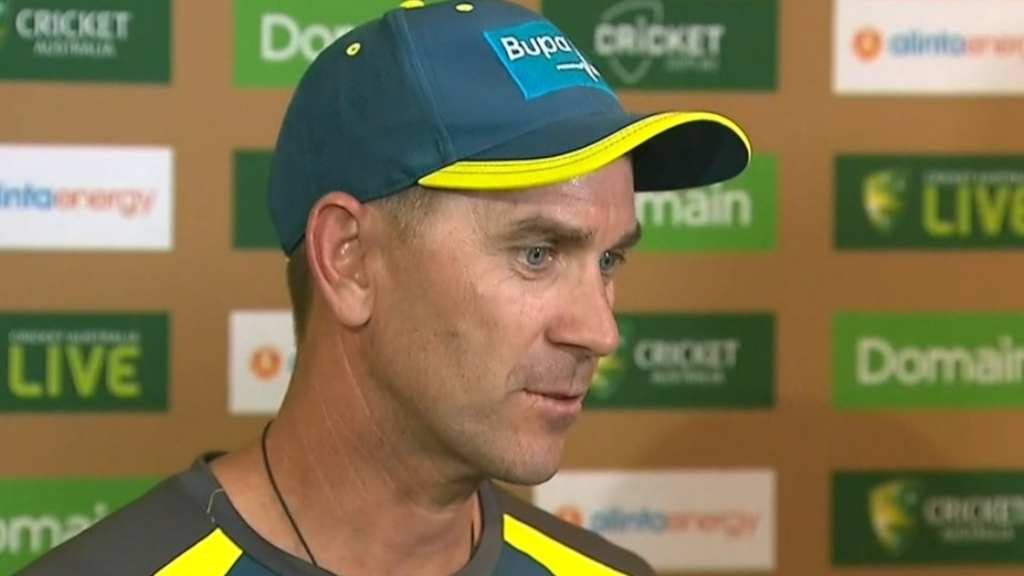 Langer warns against flat wickets