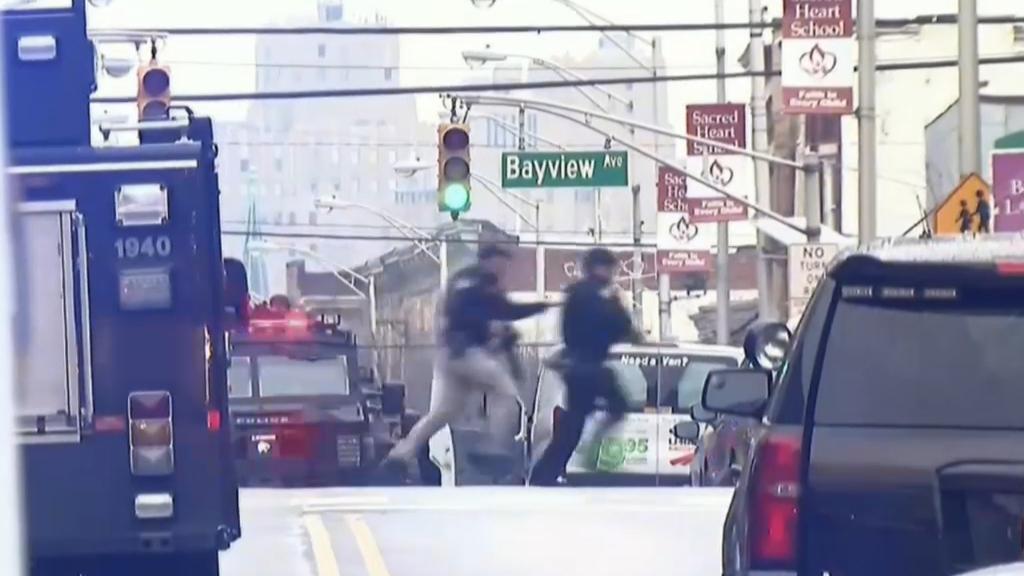 Gunmen shot by police after New Jersey gun siege