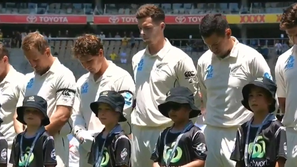A scorching opening day between Australia and New Zealand continues