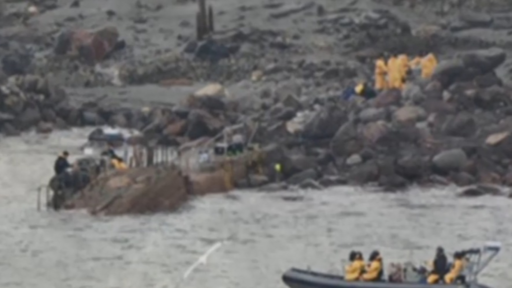 Six bodies recovered from White Island, two remain missing