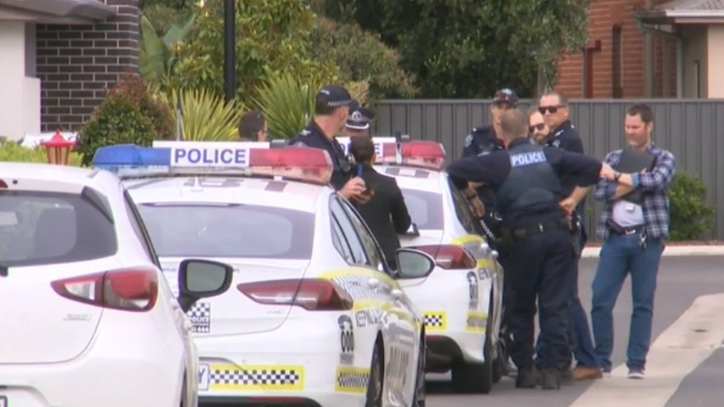Man takes on gunman at Woodville South home