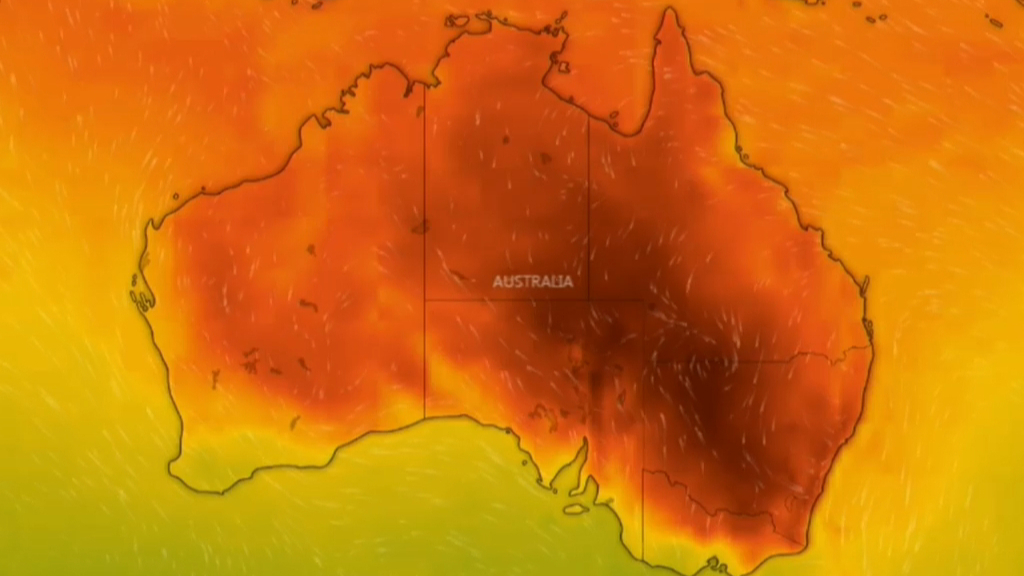 Australia firefighters accidentally spread blaze ahead of heatwave