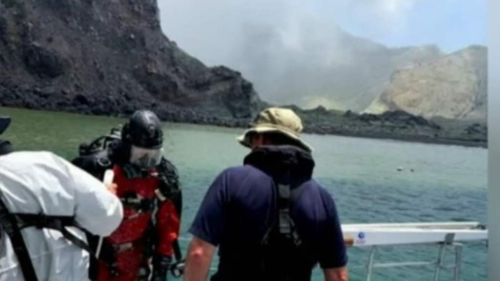 Underwater search for final volcano victims underway