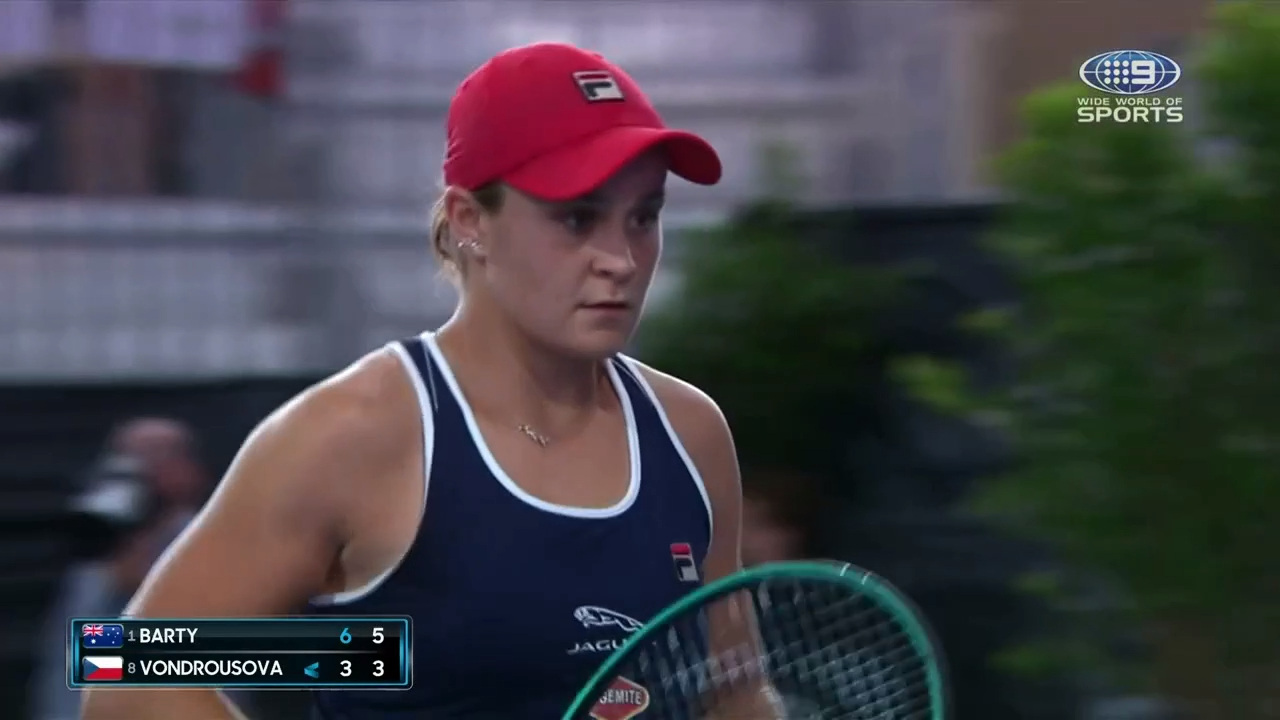 Ash Barty v Marketa Vondrousova - Adelaide International highlights