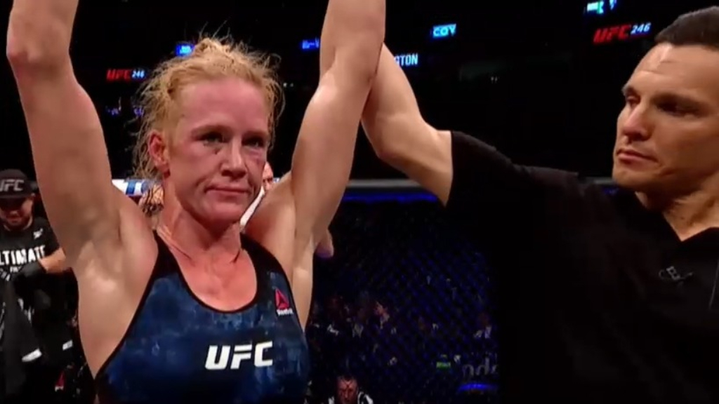 Holm wins by unanimous decision
