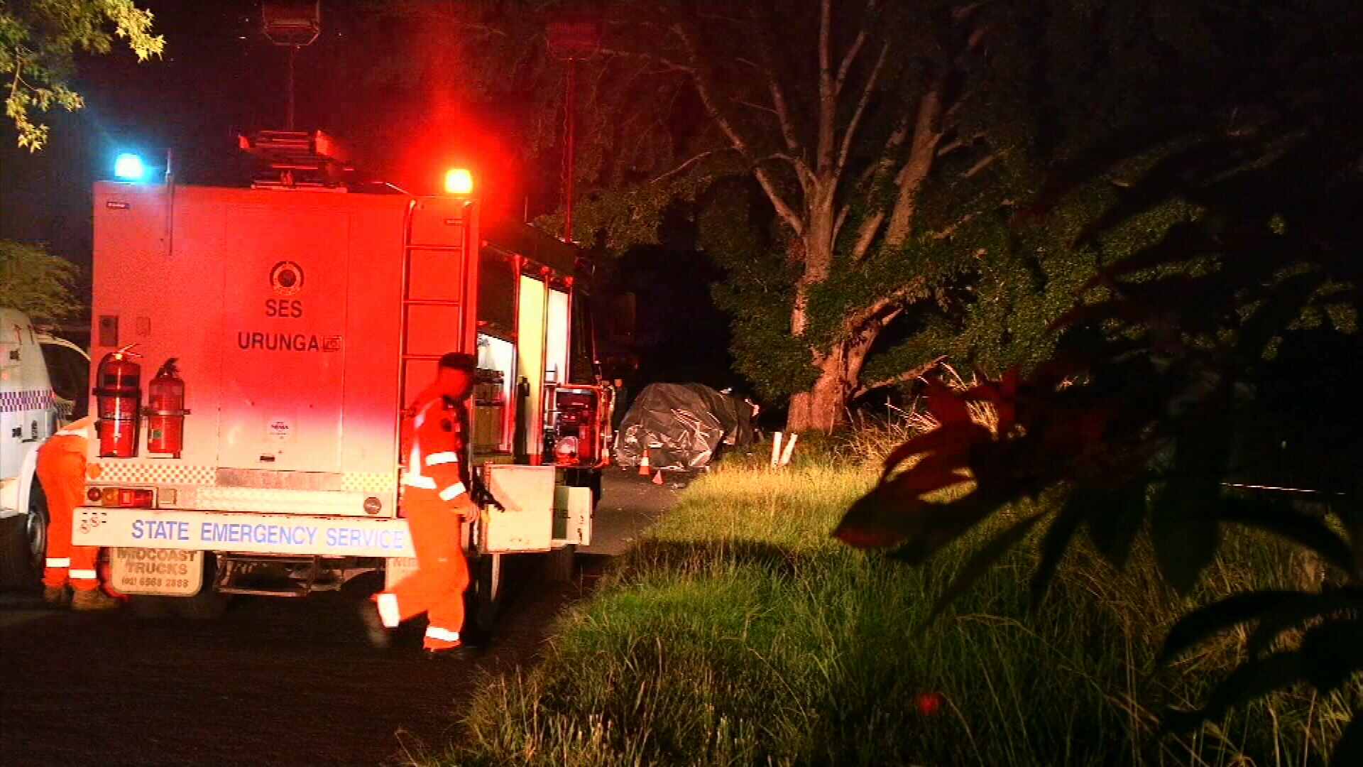 Three people killed after SUV hit a tree near Coffs Harbour