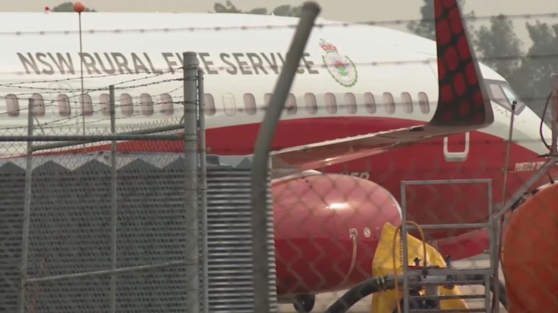 NSW Bushfires: Three killed in water-bomber plane crash