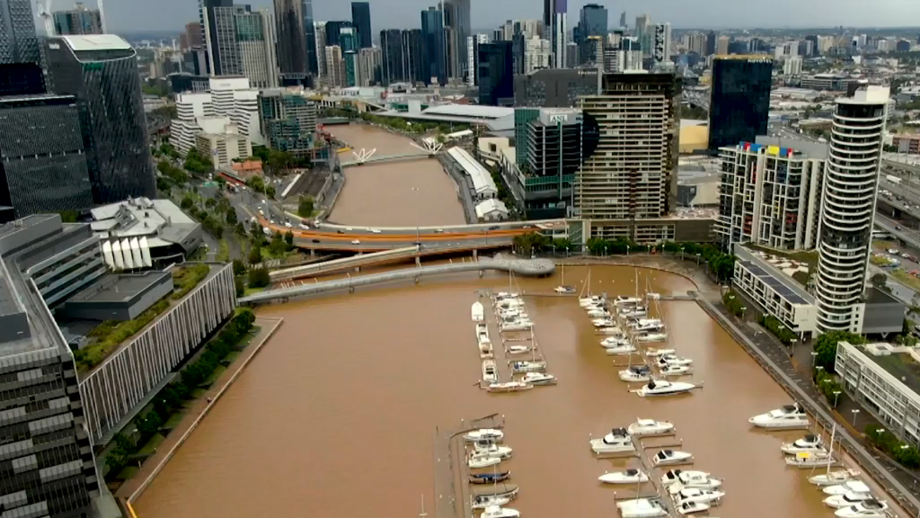 Dust turns Melbourne rivers brown
