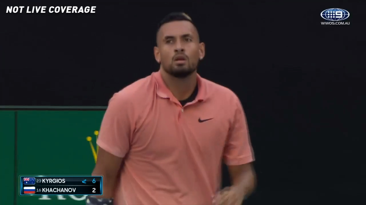 Kyrgios claims the opening set