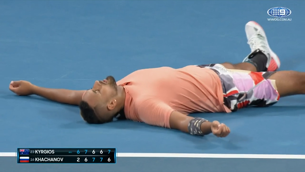 Kyrgios gives his all to win