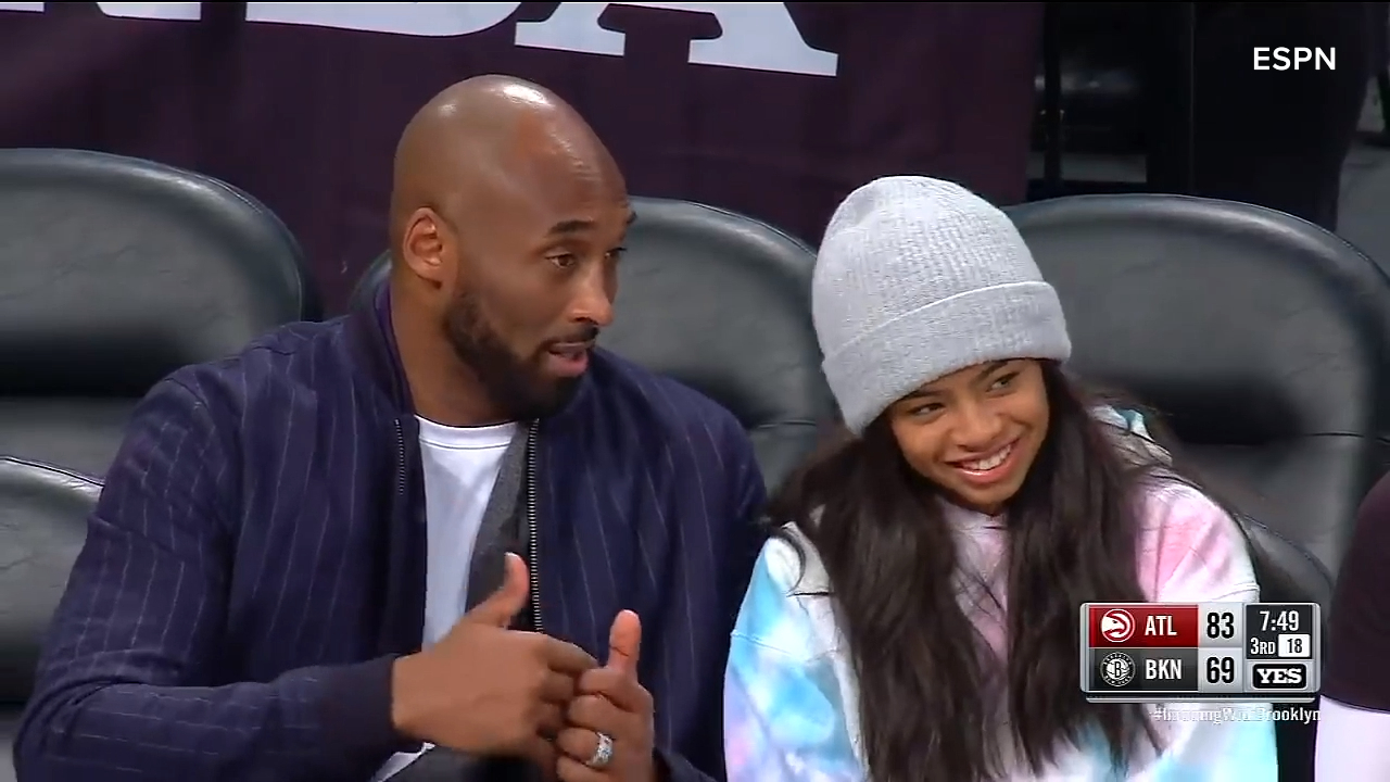 Kobe Bryant coaches daughter courtside