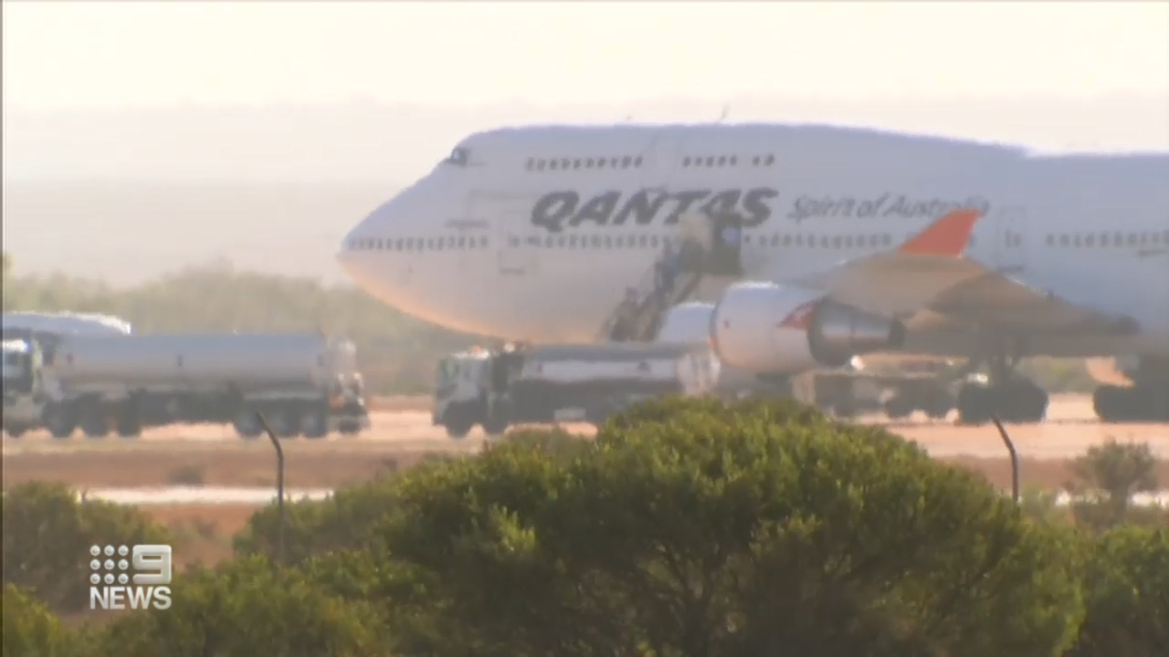 Qantas suspends all flights to and from China amid coronavirus fears