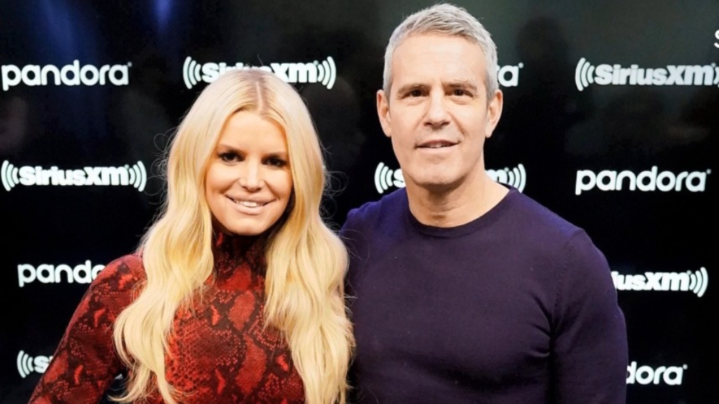 Jessica Simpson reacts to Nick Lachey's comments about her father