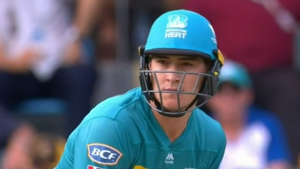 Renshaw takes break from cricket