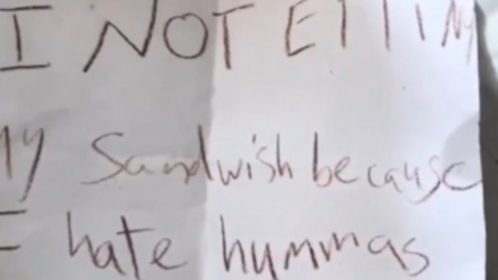 Dad finds cute note in daughter's lunchbox