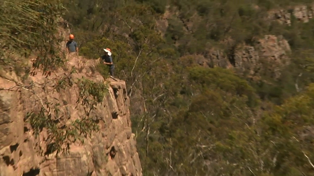 Man falls 10 metres down cliff while rock climbing